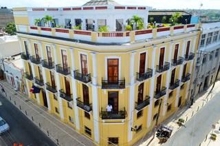 Antiguo Hotel Europa, Arzobispo Meriño Esq. Emiliano…
