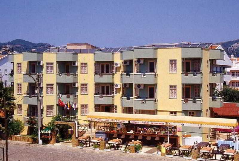Aloe Hotel & Apart