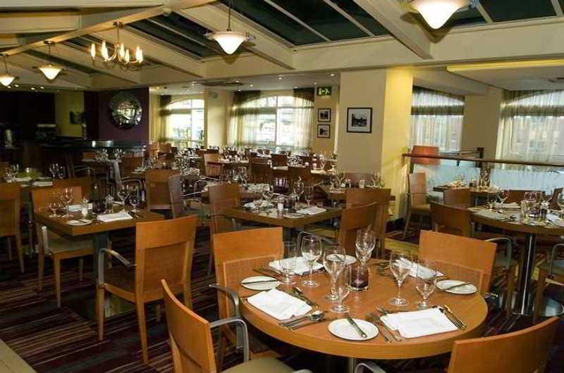 Hilton Sheffield, Victoria Quays, Furnical…