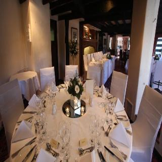 London Hotels:Thatchers Hotel Guilford