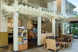 Hawaii Hotels:Hilton Hawaiian Village Waikiki Beach Resort