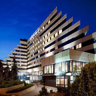 Orea Hotel Pyramida, Bělohorská,24