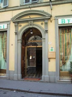Hhb Hotel - Florencia