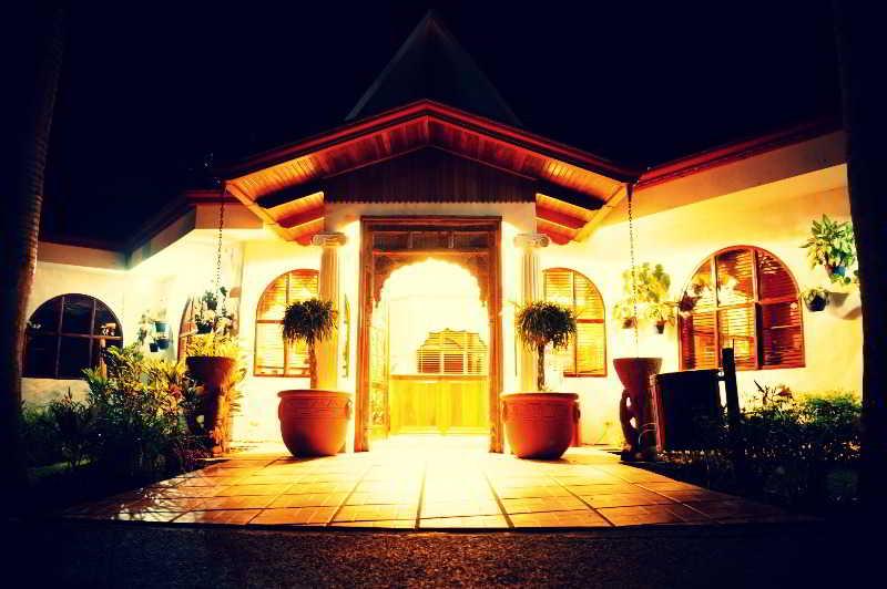 Rio Perlas Spa & Resort, A Orosi De Cartago Costa…