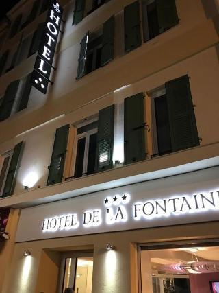 La Fontaine, Rue De La France,49