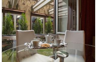 Qualys-Hotel Nasco