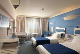 Holiday Inn Athens-Attica Avenue