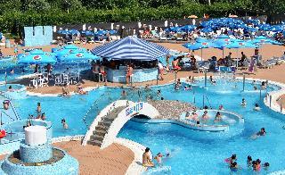 Ljubljana Resort - Pool