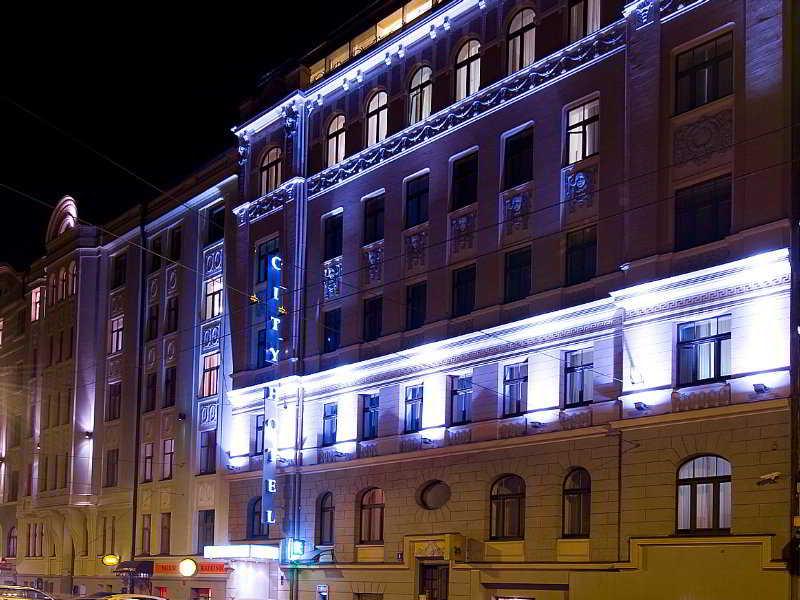 City Hotel Teater - Generell