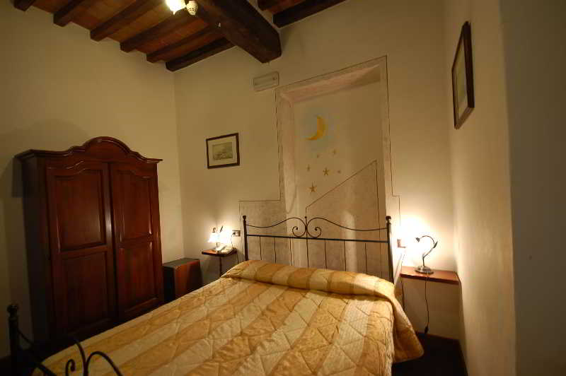 Pisa Baptistery Hotels:Leonardo