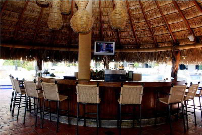 Marina Fiesta Resort & SPA Dine Out