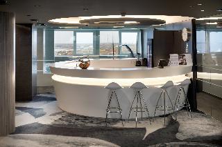 Radisson Blu Hotel Olümpia - Pool