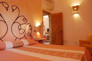 Resort & Spa Le Dune, Localita Li Junchi,
