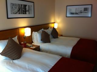 Clayton Crown Hotel London