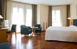Barcelona Hotels:URH Ciutat de Mataró
