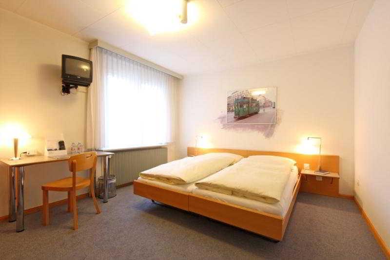 Muenchnerhof - Zimmer