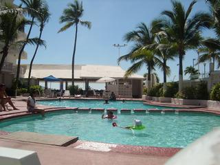 Maralisa Beach Club