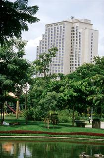 Century Park, Ratchaprarop Road, Pratunam-victory…