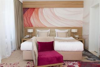 Europe Hotel & Casino - Zimmer