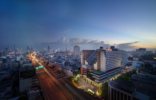 The Twin Towers Hotel, 88 Rong Muang,88
