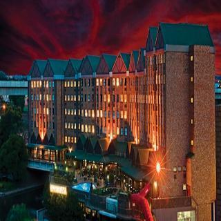 The Centurion Hotel, 1001 Lenchen Avenue North,