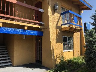Rodeway Inn Denver, Peoria Way,3975