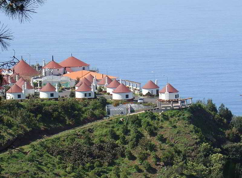 Cabanas de São Jorge Village