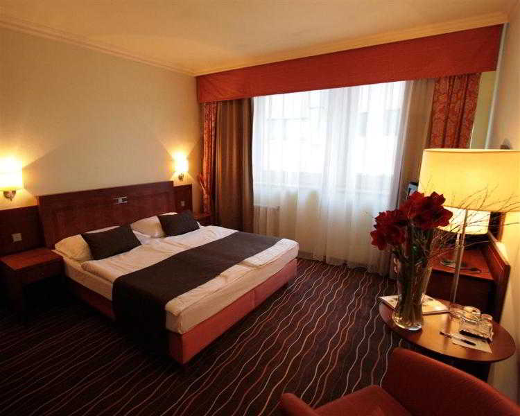 luxury family hotel b l labut praga 1