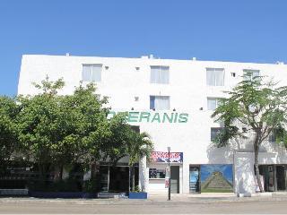 Soberanis, Coba, Sm.22, Mza.8, Centro,5…