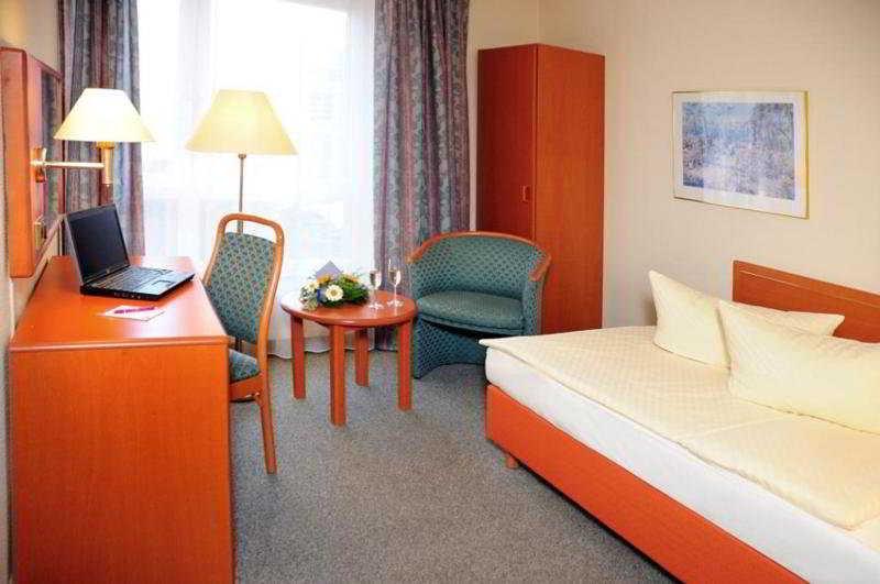 Lindemann Hotel Fjord