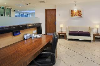 Express Holiday Inn London Swiss Cottage