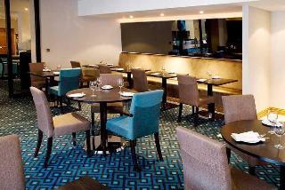 Menzies Hotels London…, Brighton Road,