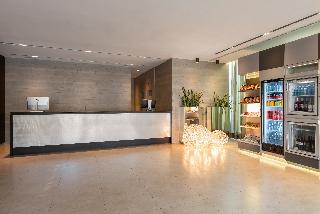 Ac Hotel Zizur Mayor By Marriott