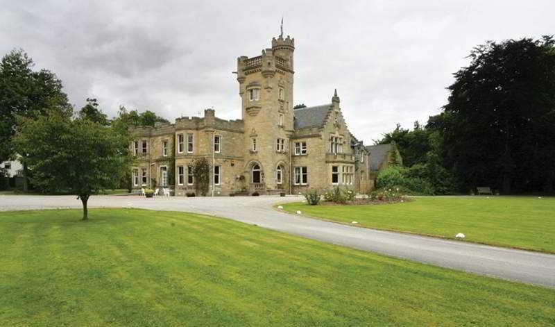 Mansfield Castle Hotel, Scotsburn Road,