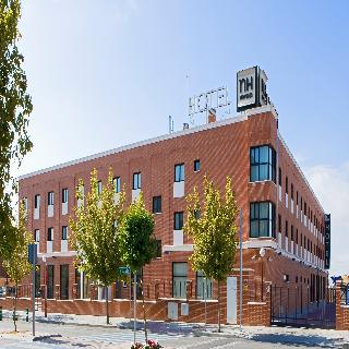 Hoteles en parla alojamiento en parla for Hoteles recomendados en madrid