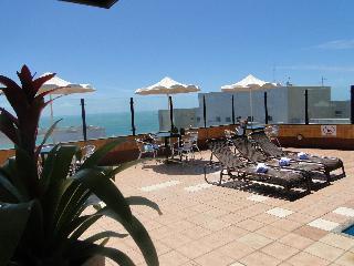 Plaza Praia Suites - Pool