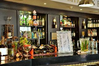 The Commodore - Bar