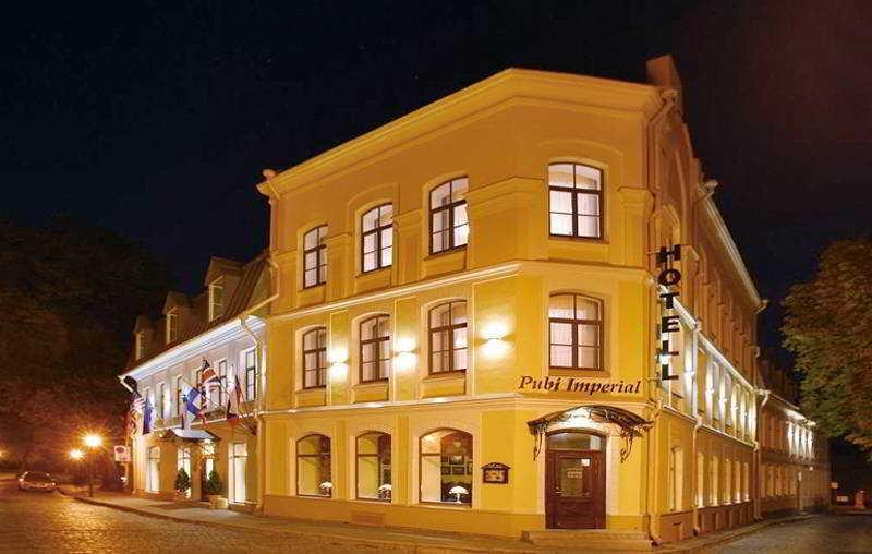 Hotel Imperial, Nunne Street,14