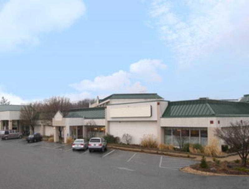 Clarion Inn St Louis…, 4545 North Lindbergh,