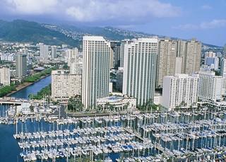 Prince Waikiki, Holomoana Street,100