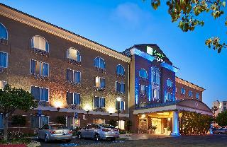 Holiday Inn Express…, 5925 Lusk Blvd,