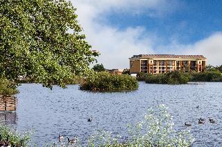 Holiday Inn Express…, 1400 Del Monte Blvd,1400