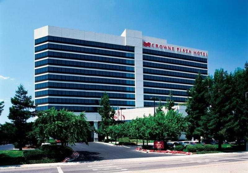Crowne Plaza Hotel San Jose Valley