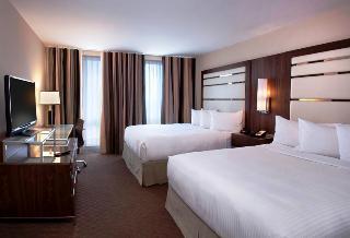 Le Cantlie Suites Hotel, 1110 Sherbrooke Street West,