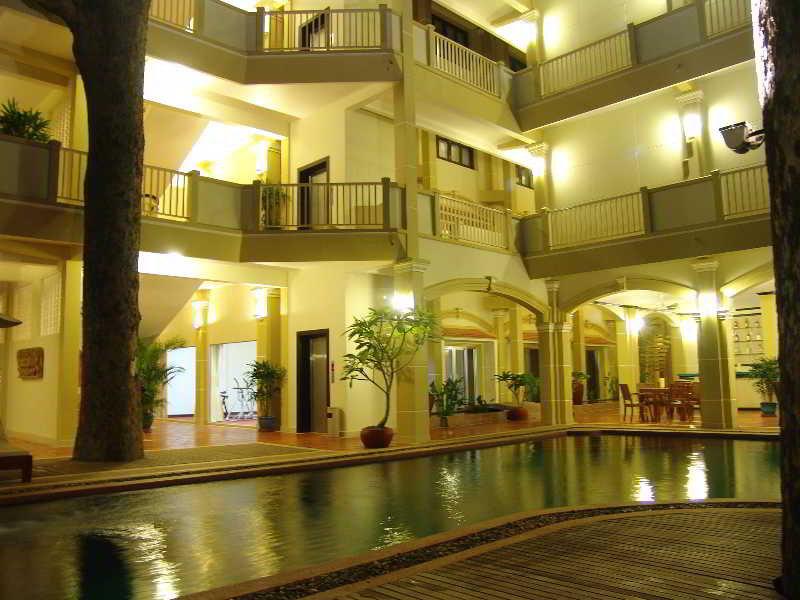 Grand Sunset Angkor…, City Center, Oum Chhay Street,