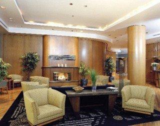 Delta Edmonton-Centre Suite Hotel