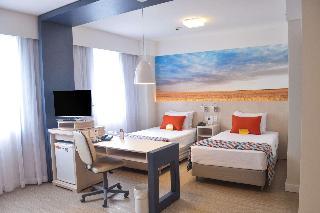 Comfort Suites Alphaville - Zimmer