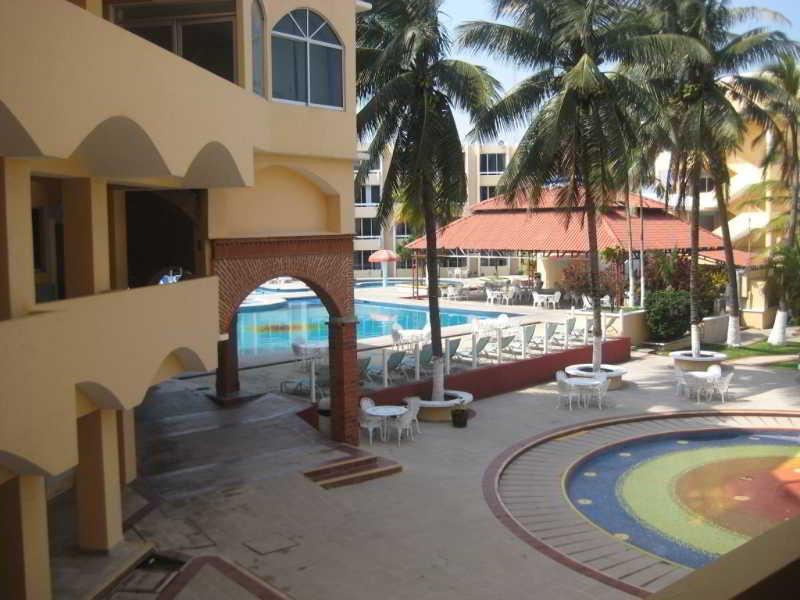 Costa Sol Hotel & Villas, Av. Veracruz Esq. Ffcc Col.…