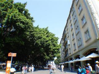 Marques del Valle, Portal De Claveria S/n, Centro,s/n
