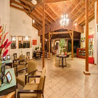 Casa Conde Beachfront Hotel - Diele